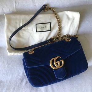 Gucci Marmont velvet shoulder bag small
